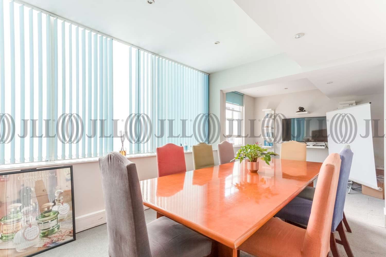 Office London, W8 5QG - 27 Kelso Place