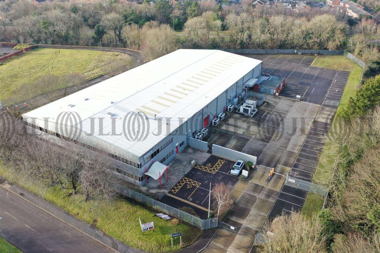 Industrial Basingstoke, RG22 4BS - The Laurels
