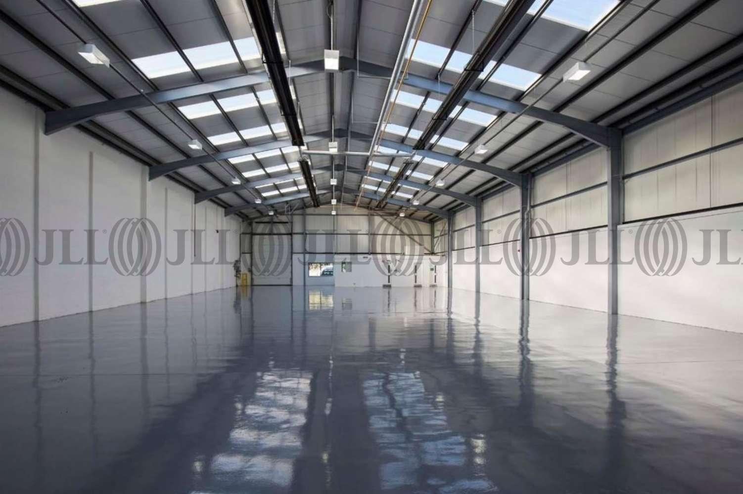 Industrial Aylesbury, HP19 8RY - Unit 8, Bicester Road Industrial Estate