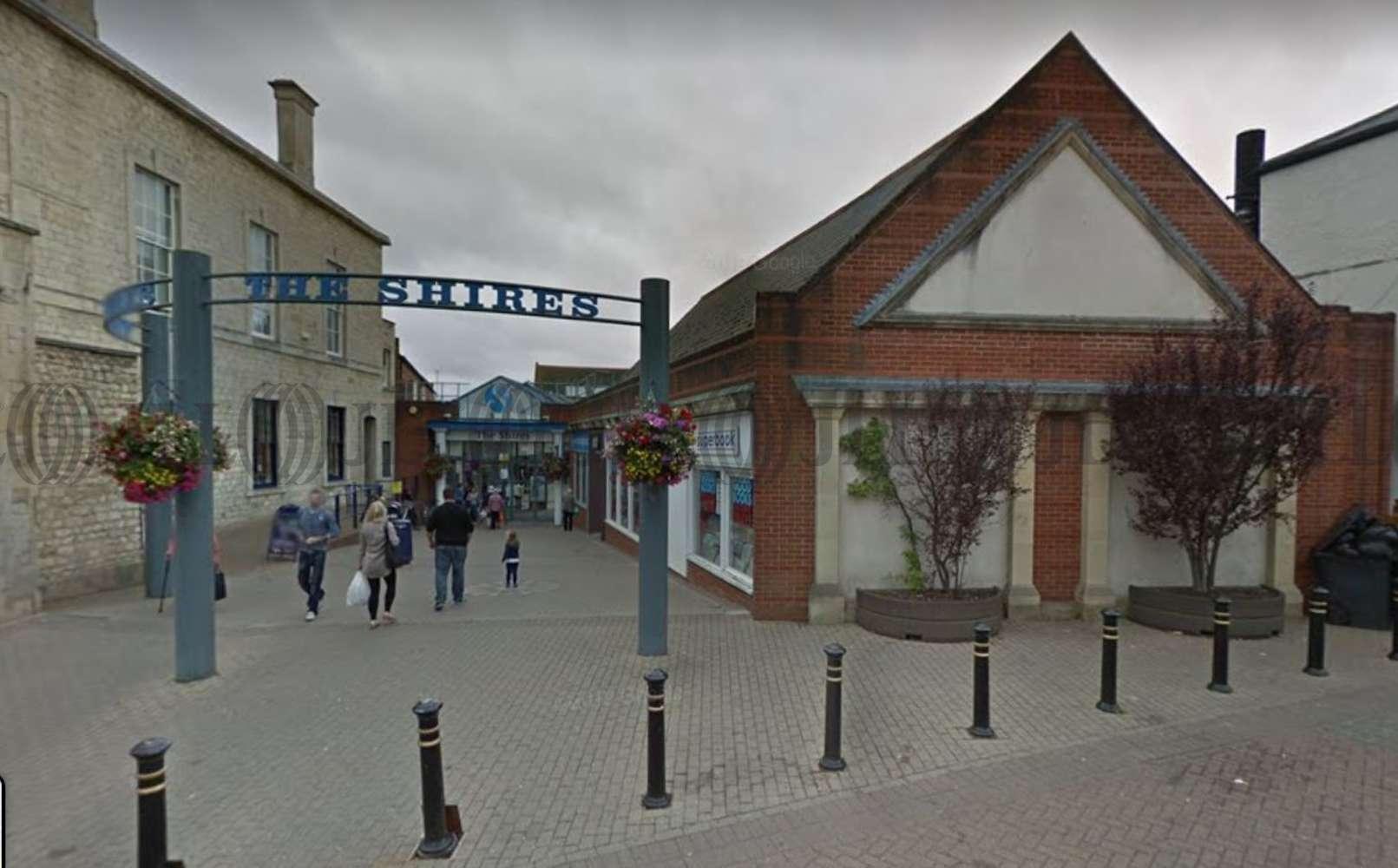 Retail shopping centre Trowbridge, BA14 8AT - Unit 1 The Shires
