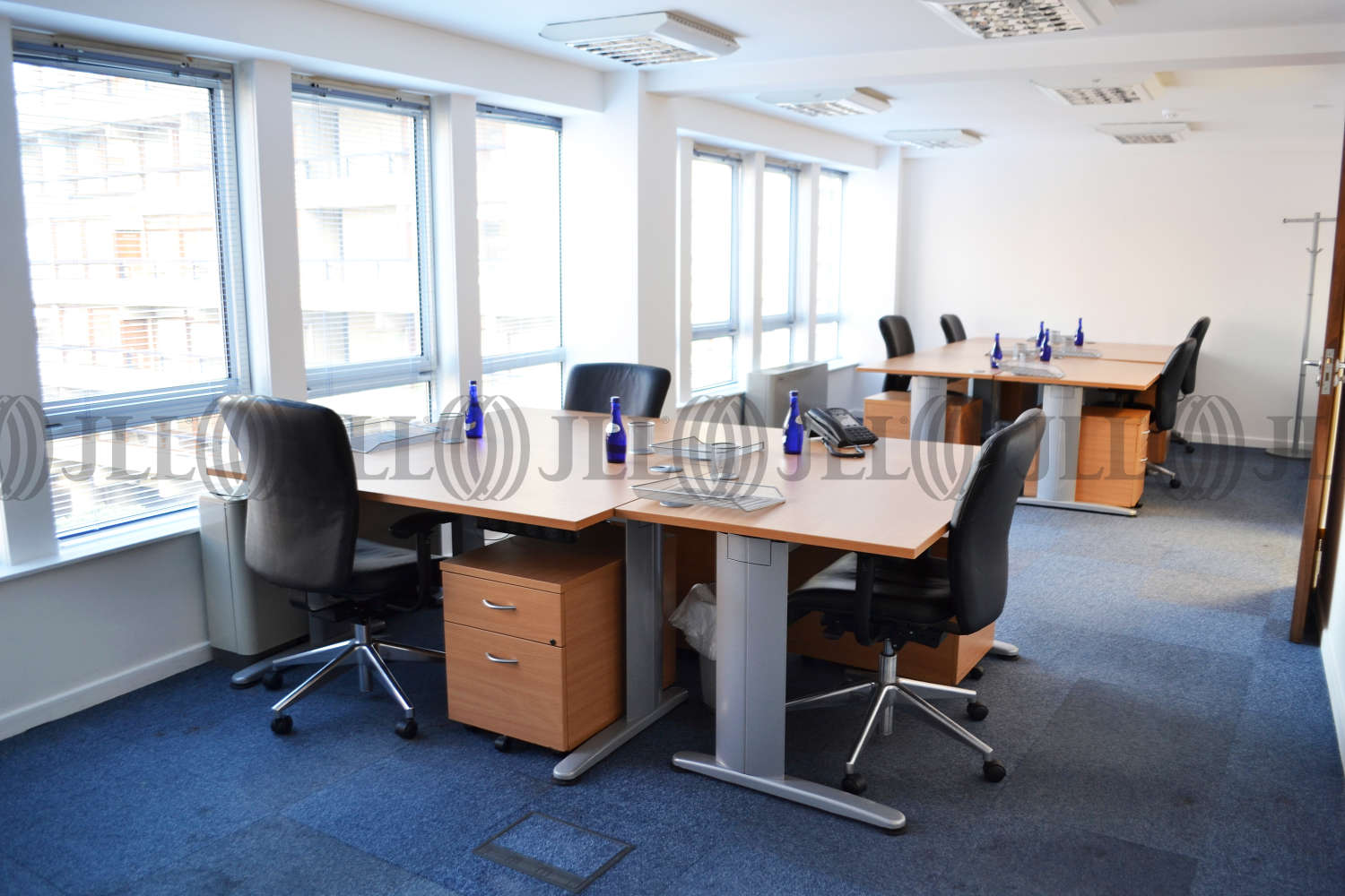 Serviced office London, EC2Y 8AD - Central Point