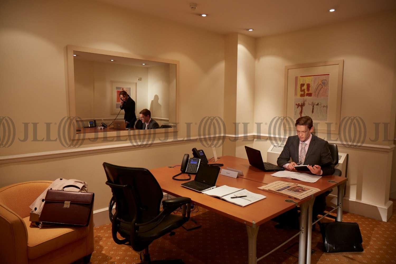 Serviced office London, W1J 6EJ - 24 Berkeley Square