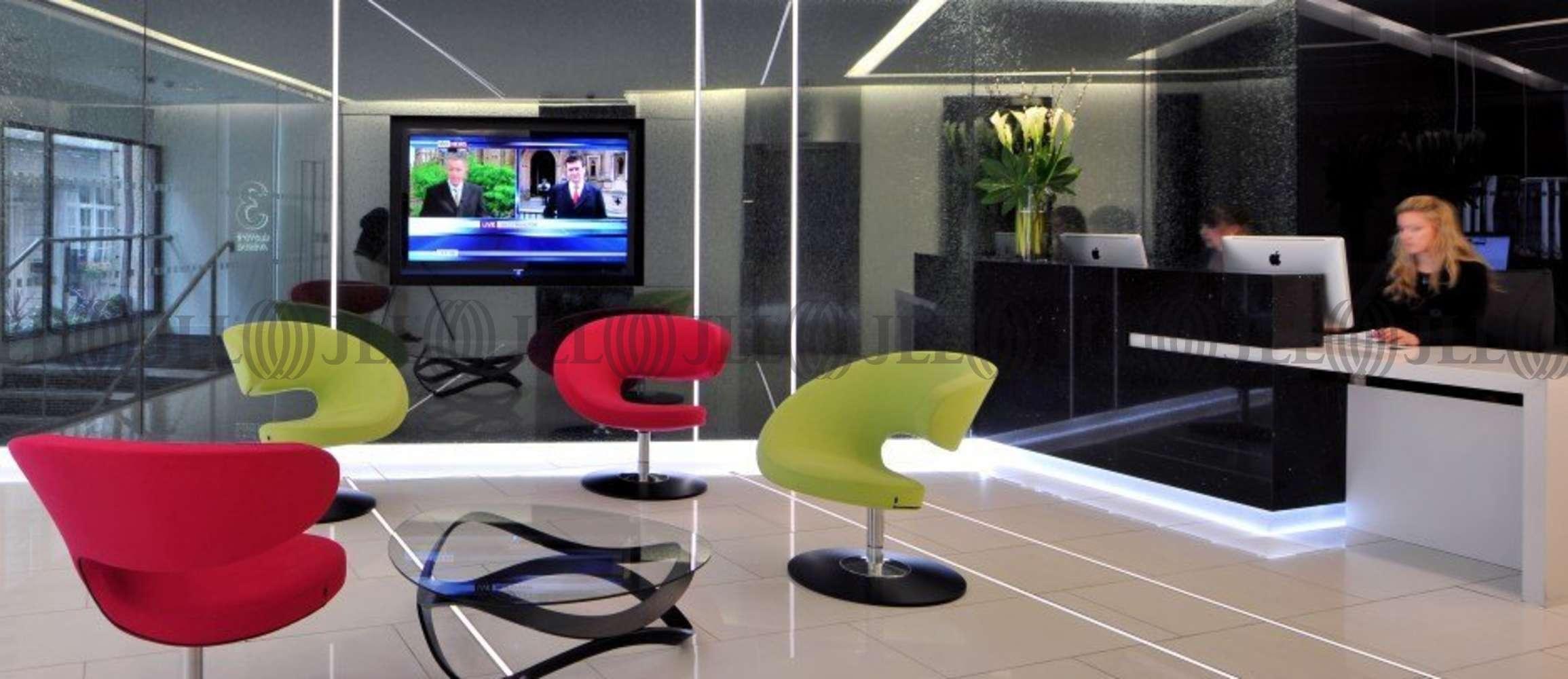 Serviced office London, EC3N 3DS - 3 Lloyd's Avenue