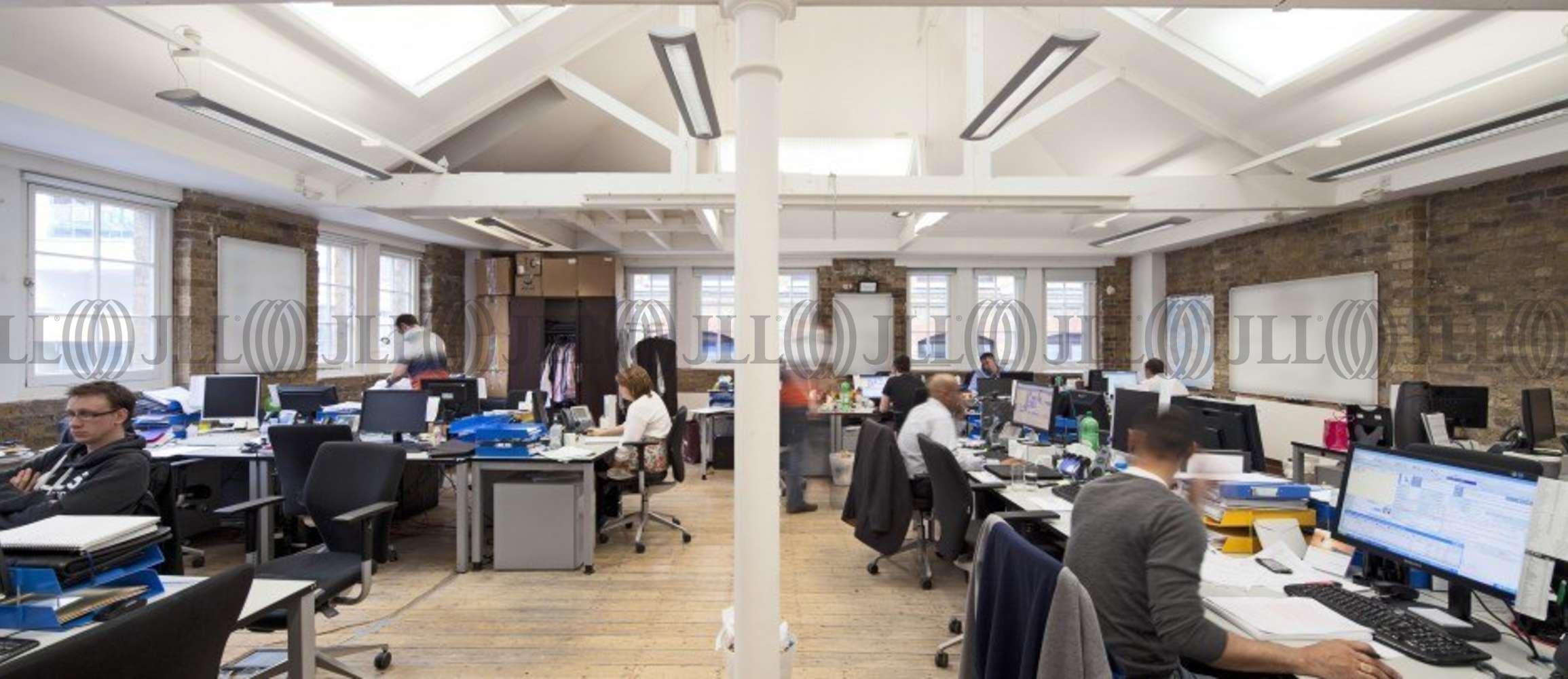 Serviced office London, EC1N 8SS - 24 Greville Street
