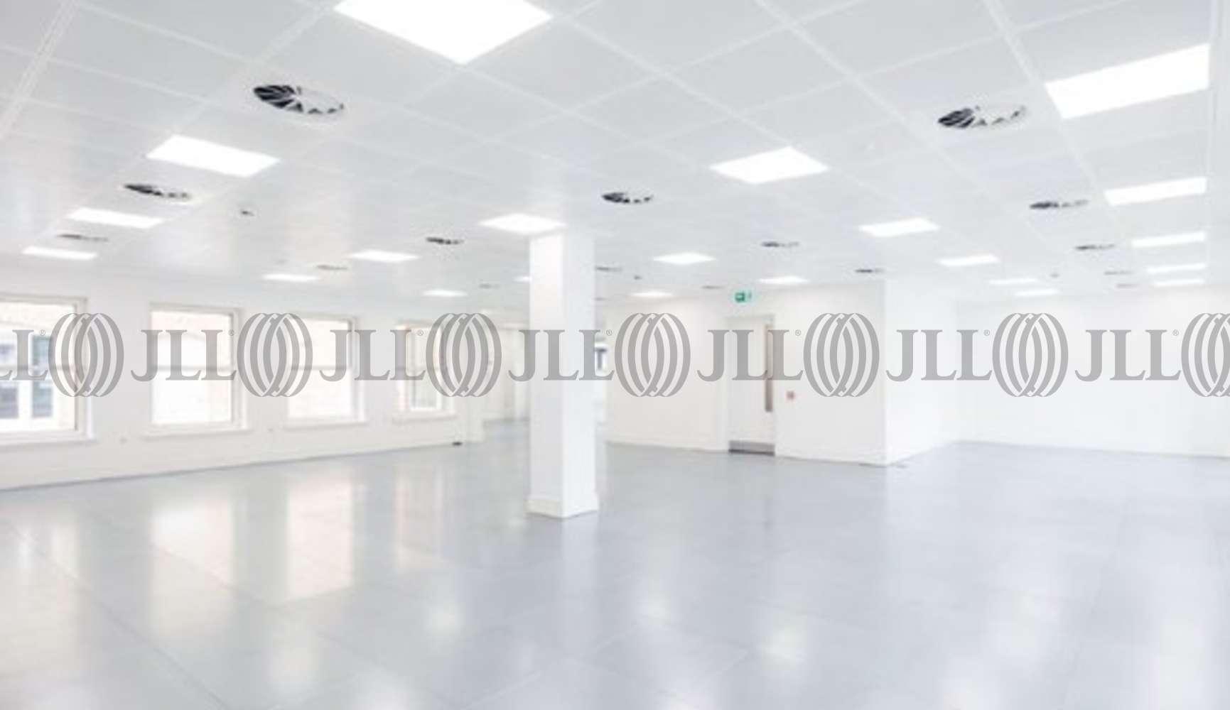 Office London, SW1Y 5EA - 123 Pall Mall