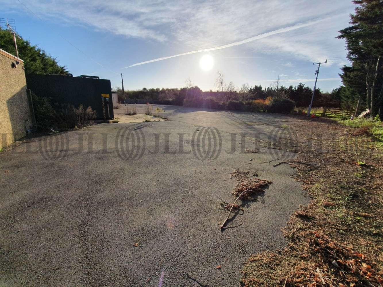 Industrial Heathrow, TW19 6AF - Glenhaven Yard