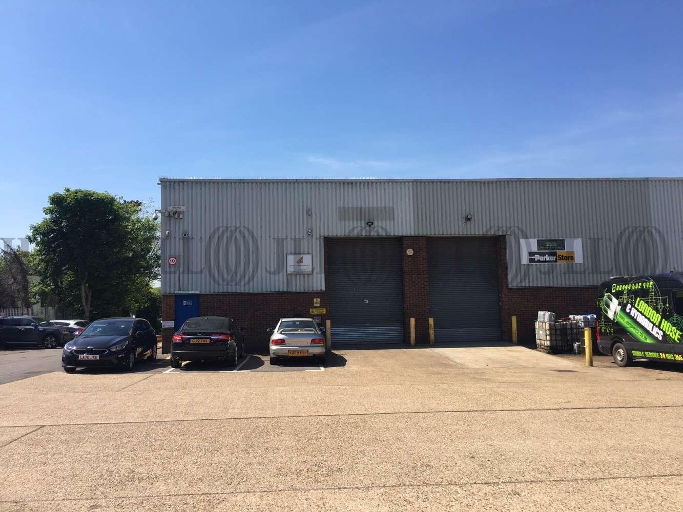 Industrial Poyle, heathrow, SL3 0DF - 5 Viscount Industrial Estate