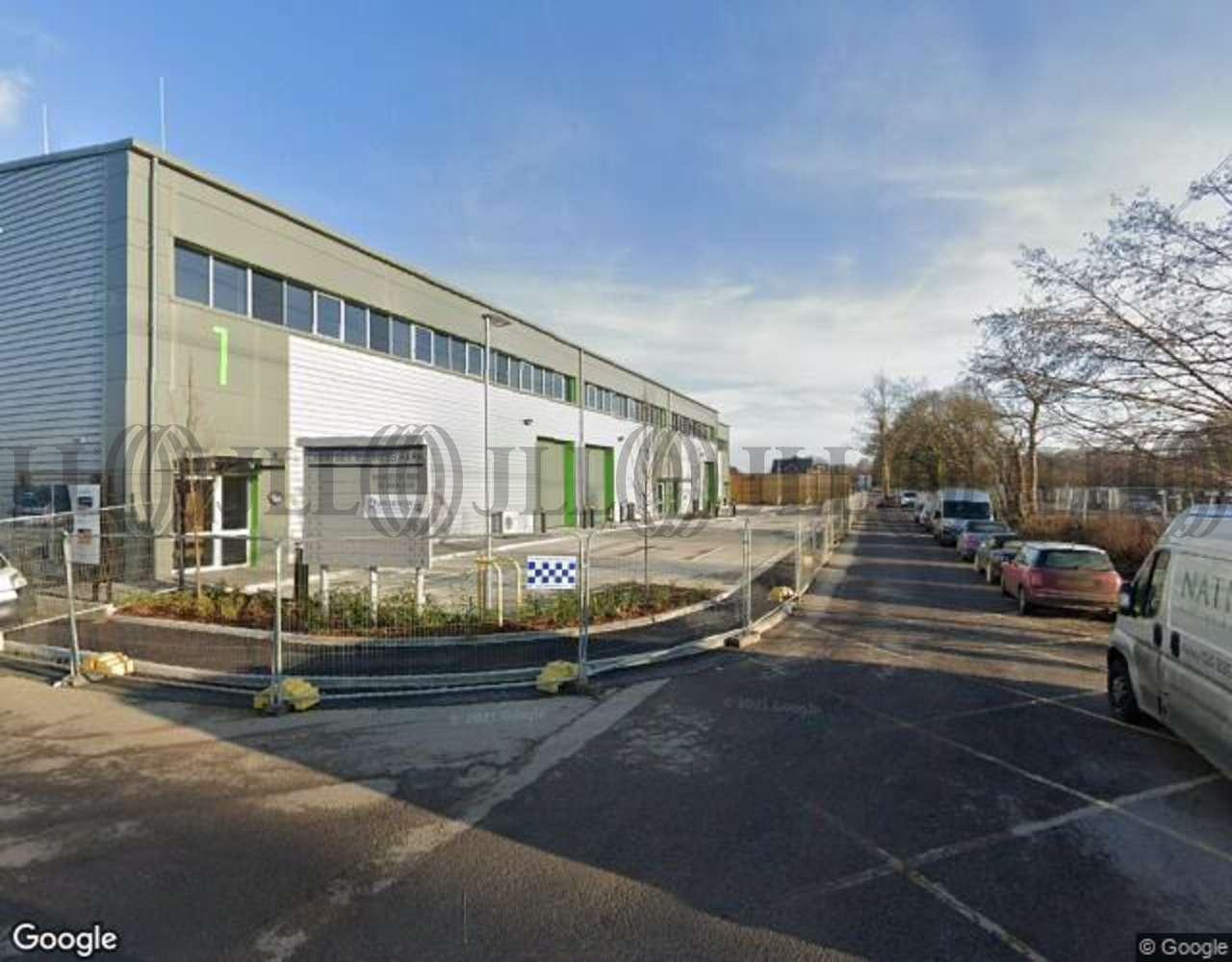 Industrial Chertsey, KT16 9LL - Unit 9, Chertsey Business Park