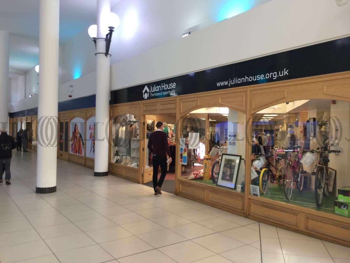 Retail shopping centre Trowbridge, BA14 8AT - Unit 12 The Shires