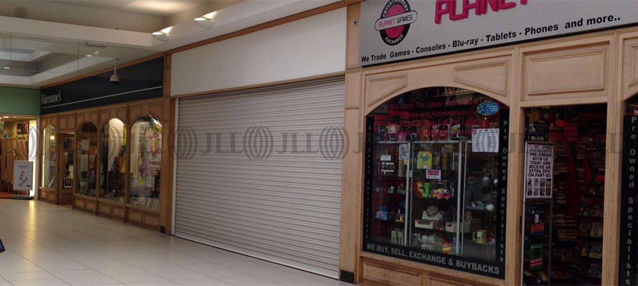 Retail shopping centre Trowbridge, BA14 8AT - Unit 21 The Shires
