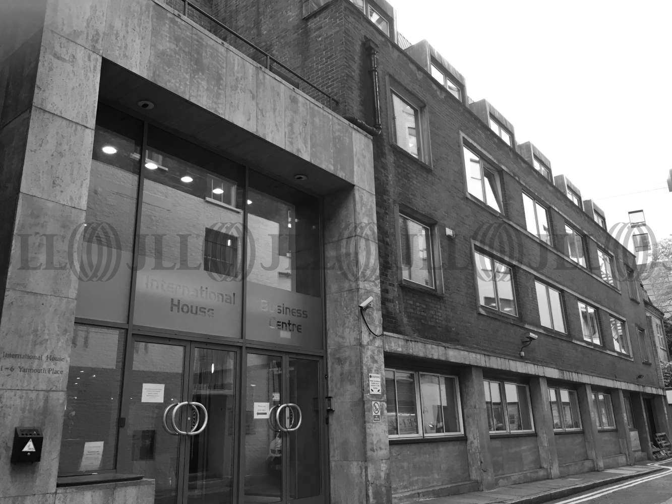 Serviced office London, W1J 7BU - International House