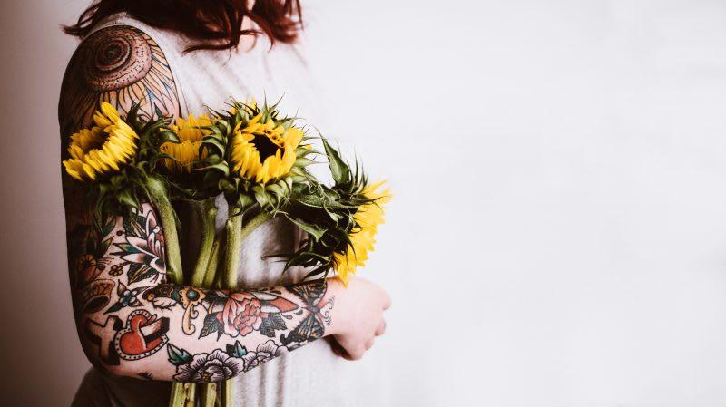 Anestop utility in tattoed skin