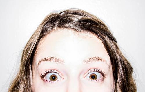 tnin and empty eyebrows