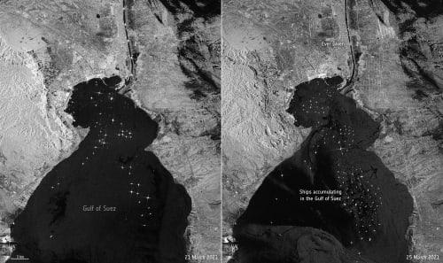 צילום לווייני מסוכנות החלל האירופית. בתמונה השמאלית רואים את תנועת הספינות בכניסה לתעלה ב-21 במרץ ואילו בתמונה מימין, שצולמה ב-25 במרץ, את הפקק שנוצר כאשר מעל 200 ספינות מחכות מחוץ לתעלה / צילום: Associated Press, ESA