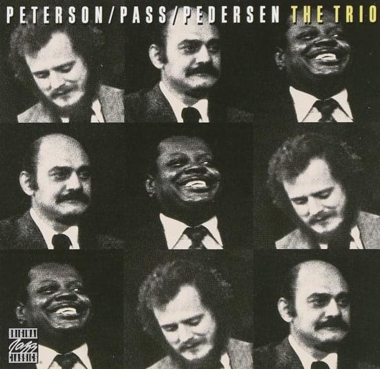 שלישיית אוסקר פיטרסון בהופעה בלונדון האוב בשיקגו / צילום: עטיפת האלבום