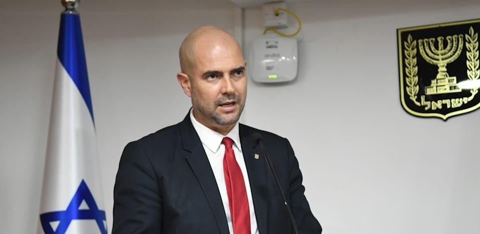 שר המשפטים אמיר אוחנה במסיבת עיתונאים שבה תקף את הפרקליטות / צילום: רפי קוץ