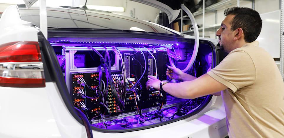 רכב אוטונומי של מובילאיי. להקים מרכזי מחקר משותפים לאקדמיה ולתעשייה / צילום: Reuters, RONEN ZVULU