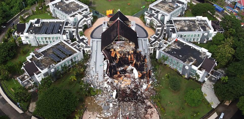 רעידת אדמה באינדונזיה