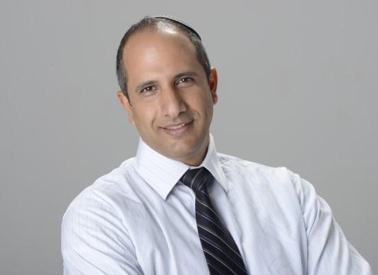 """עו""""ד ורו""""ח איתן אסנפי / צילום: איציק שוקל"""