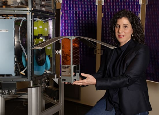 ענבל קרייס  - ראש ועדת השיפוט לניסויי חלל / צילום: כדיה לוי