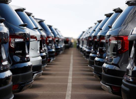 """רכבים חדשים. כ־17,000 סוכנויות רכב בארה""""ב / צילום: Associated Press"""