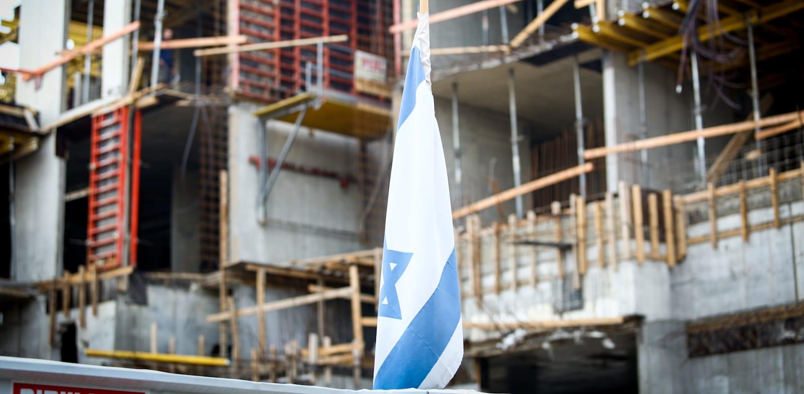 פועלים - פיגומים / צילום: שלומי יוסף