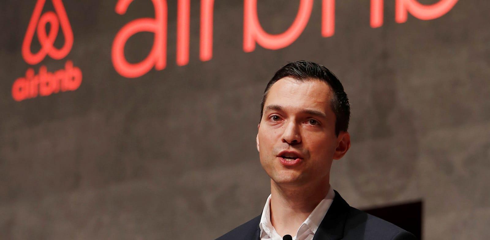 תן בלצ'רסיק, ממייסדי Airbnb. רוב הלקוחות לא מודעים לכמות המידע עליהם שמגיע לסינים / צילום: Reuters, ISSEI KATO