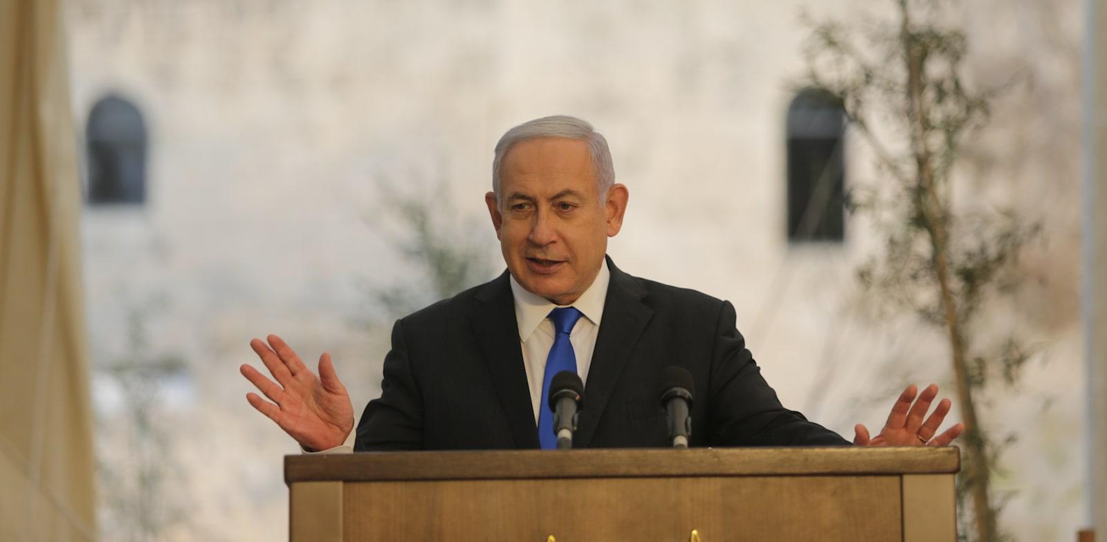 בנימין נתניהו + שרה נתניהו בטקס בחאן ירושלים / צילום: אלכס קולומויסקי-ידיעות אחרונות