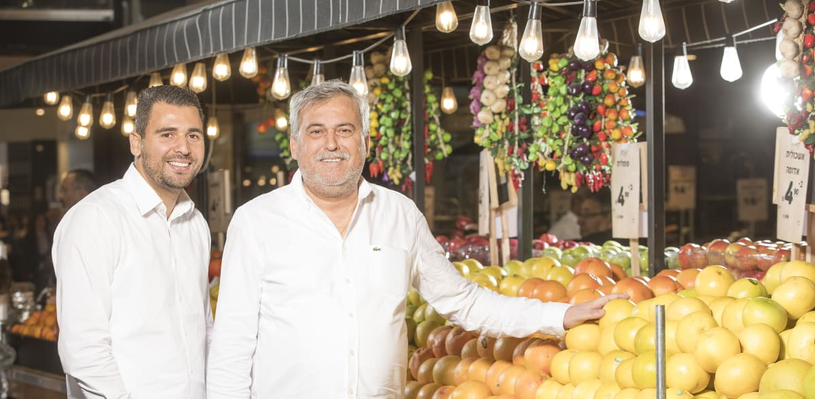נחום ויוסי ביתן. למכור מזון כשר בדובאי / צילום: רמי זרנגר
