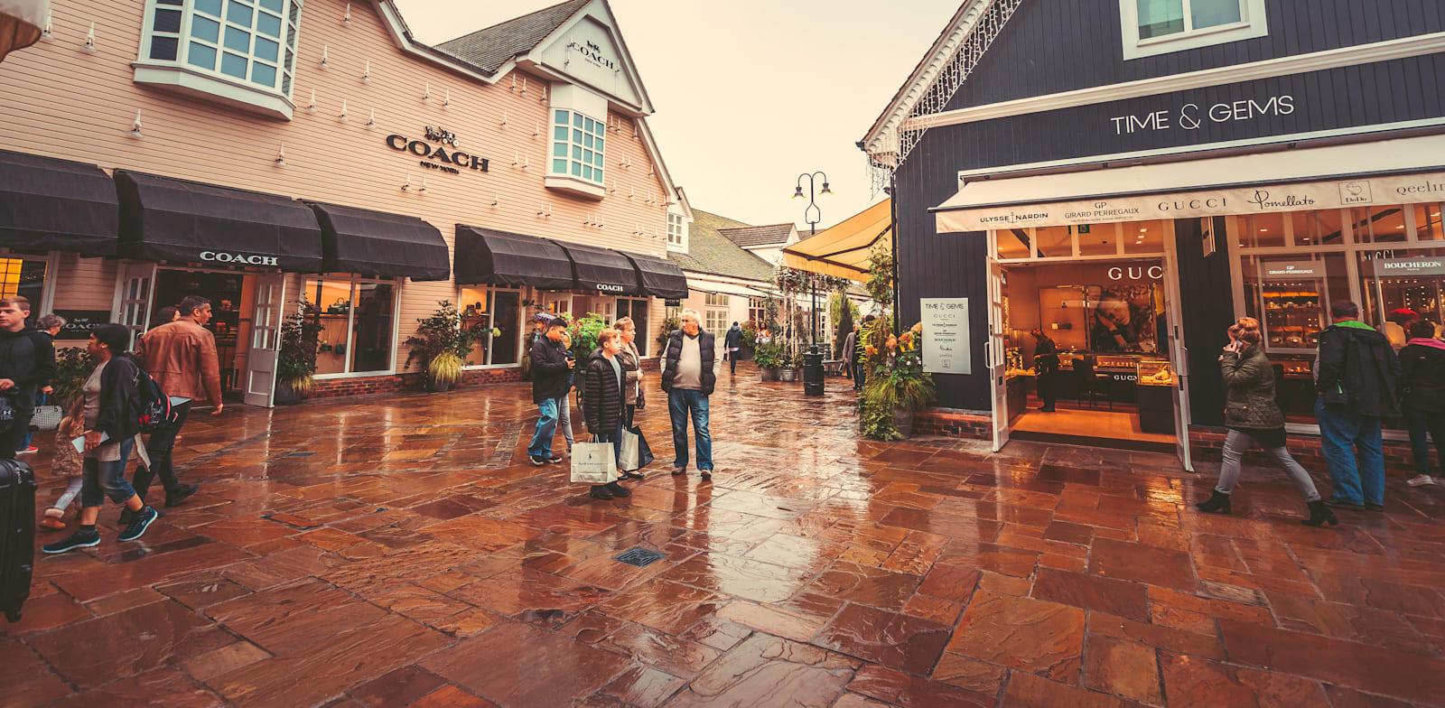 הקניון הפתוח בכפר ביסטר. יותר משני שלישים מהמבקרים ב־2019 היו תיירים / צילום: Shutterstock