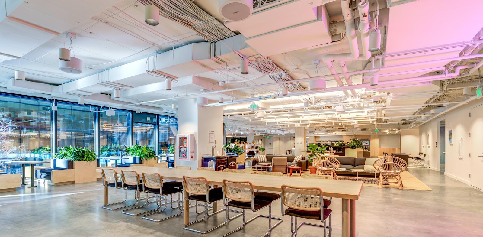 משרד של Wework בוושינגטון הבירה. האנליסטים צופים עלייה בשימוש בחללים גמישים / צילום: Shutterstock