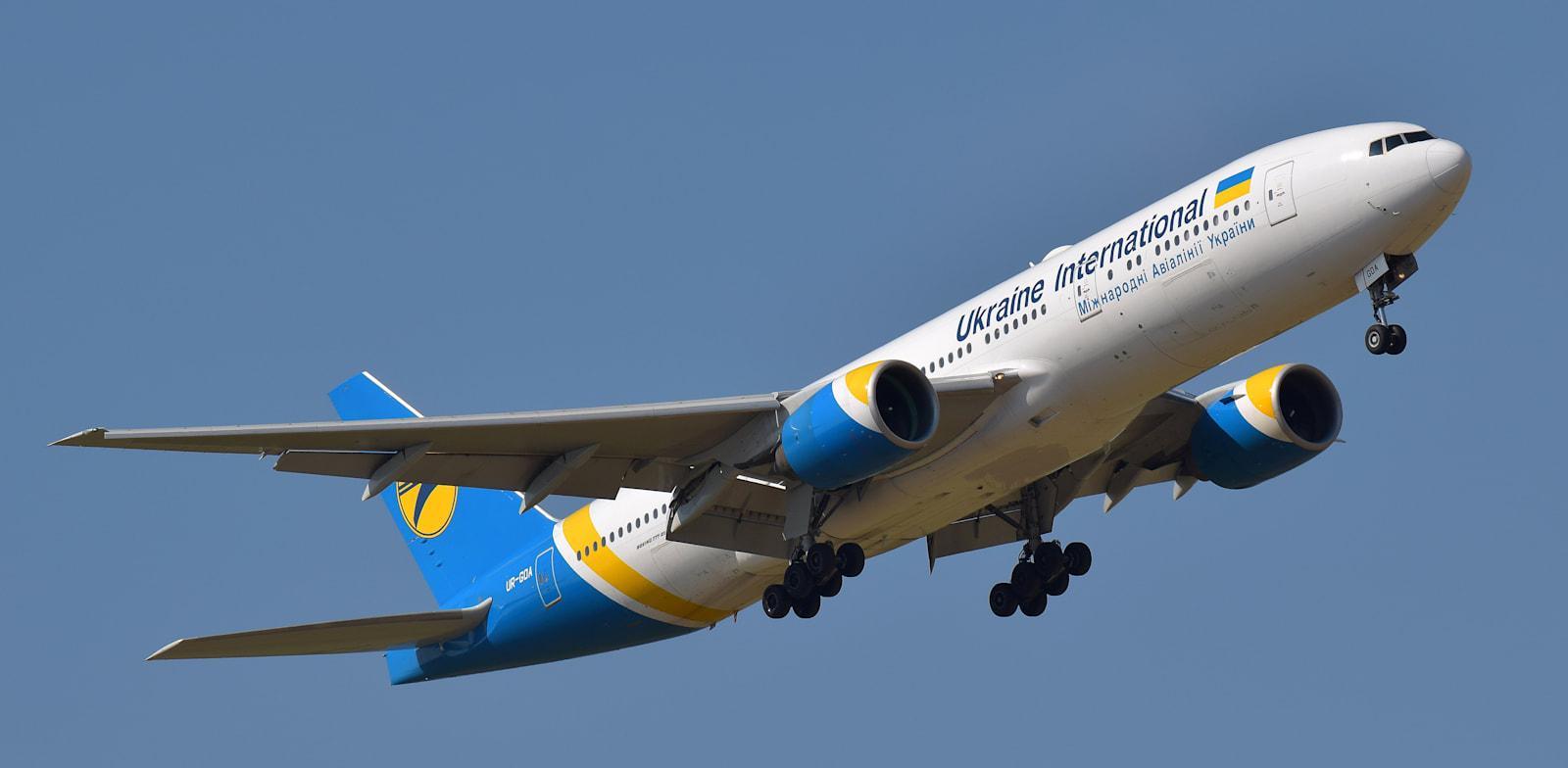 מטוס של יוקריין איירליינס אינטרנשיונל / צילום: Shutterstock