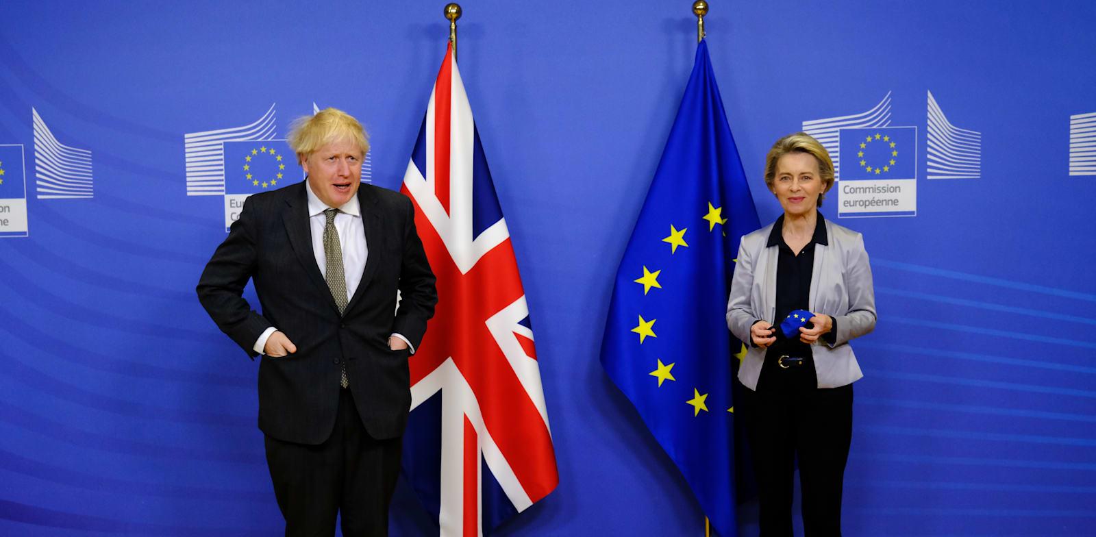 הנציבות האירופית אורסולה פון דר-לאיין וראש ממשלת בריטניה בוריס ג'ונסון / צילום: Reuters, Alexandros Michailidis / Pool European Commission