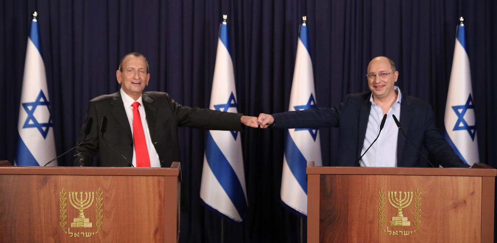 רון חולדאי ואבי ניסנקורן בהשקת מפלגת הישראלים / צילום: נס הפקות