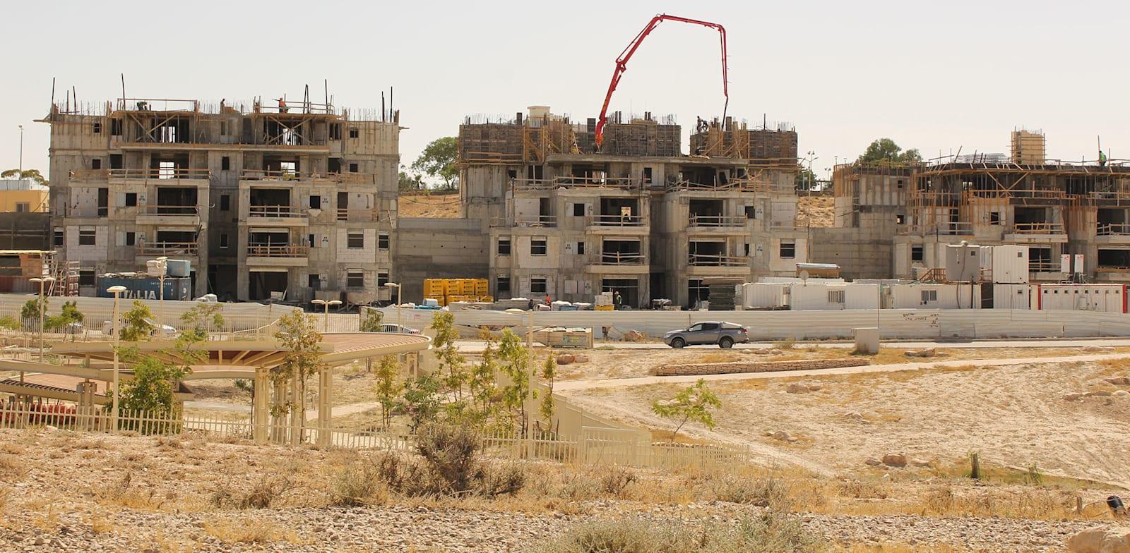 בנייה בערד / צילום: גיא ליברמן