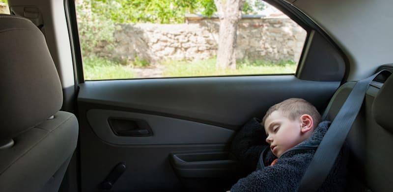 את מי תשרת חובת התקנת מערכות התראה למניעת שכחת ילדים ברכב