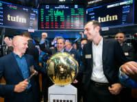 """מייסדי חברת תופין, רובי כיטוב (מימין) וראובן הריסון, בבורסת ניו יורק / צילום: יח""""צ / צילום: יח""""צ"""