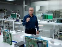 ג'וני סרוג'י / צילום: צילום מסך מהאירוע של אפל