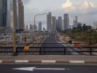 בדרך לעוד סגר. גוברת הפסימיות בקרב בעלי  העסקים / צילום: Associated Press, Oded Balilty