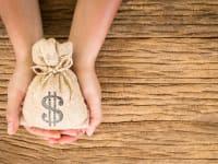 חלק גדול מהציבור לא מודע להלוואות הללו שניתנות במסגרת קרנות הפנסיה והמוצרים הפיננסיים השונים / צילום: Shutterstock/א.ס.א.פ קרייטיב