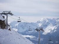 אתר הסקי בוורביה, בשווייץ / צילום: Reuters, Raphael Lafargue/ABACAPRESS.COM