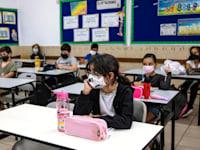 לימודים בקפסולות בישראל / צילום: Associated Press, Tsafrir Abayov