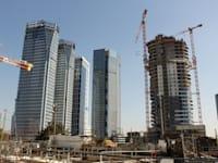 מגדלי משרדים במתחם חסן ערפה בתל אביב / צילום: גיא ליברמן