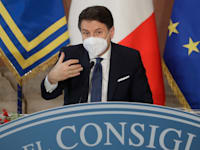 ראש ממשלת איטליה ג'וזפה קונטה / צילום: Associated Press, Andrew Medichini