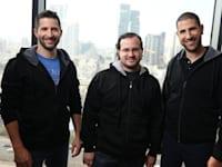 מייסדי קארביין - אמיר אליחי, יוני יוטסון ואלכס דיזינגוף / צילום: אבישי פינקלשטיין