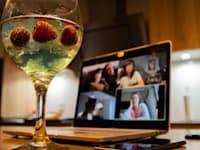 דרינק בבית / צילום: Shutterstock