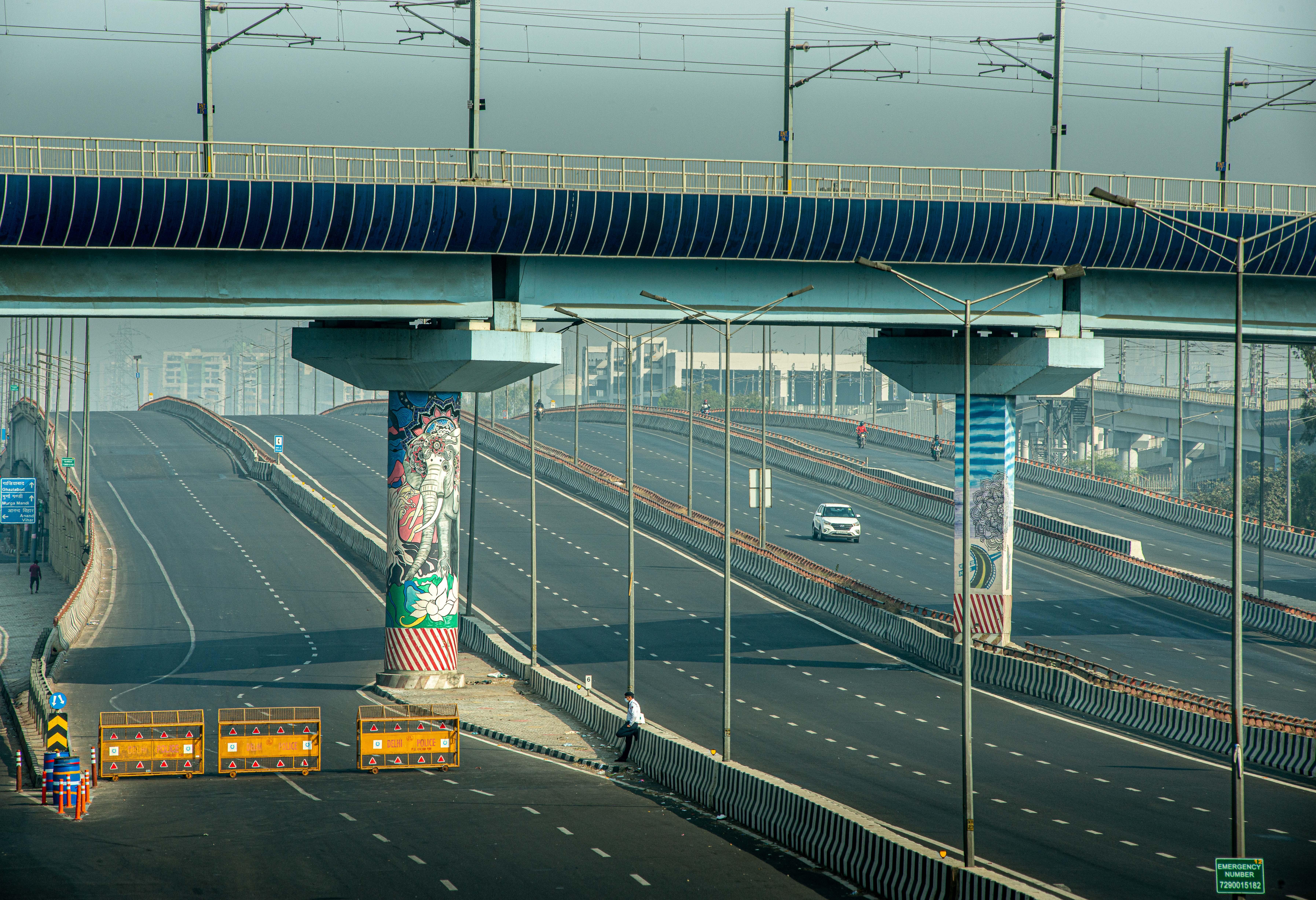 כבישים נטושים בצל המחאה בהודו / צילום: Pradeep Gaur / SOPA Images/Sipa USA
