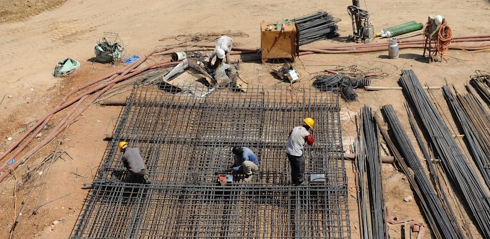 פועלי בנין - ברזל / צילום: תמר מצפי