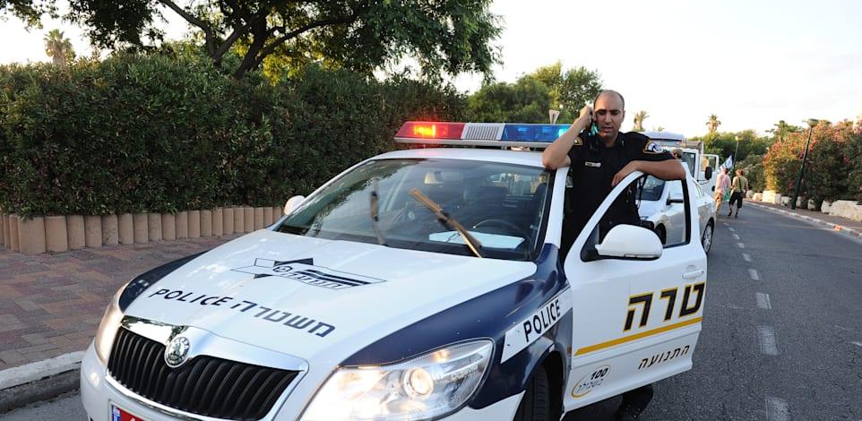 משטרה - שוטר בתפקיד / צילום: תמר מצפי