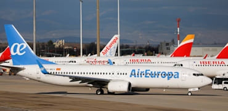 מטוסי אייר אירופה / צילום: Reuters, Susana Vera